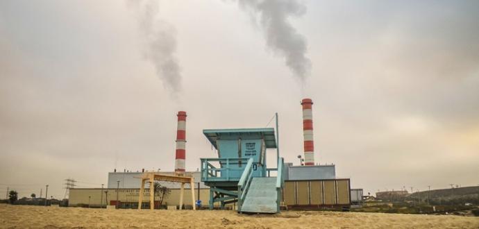 beach power plant in el segundo. photo by Al Q