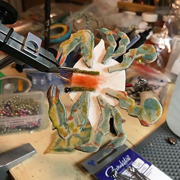 AQ_blue_crab_vise_WEB